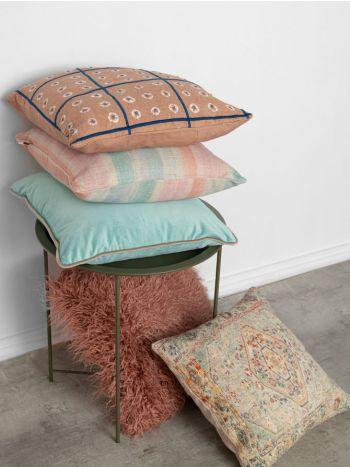 Decorative Pillow Mongolian Dark Pink